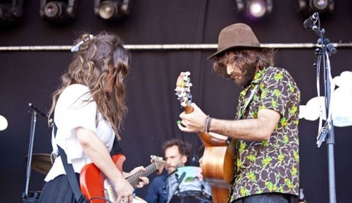 "Angus & Julia Stone's New Album and Song ""Snow"""