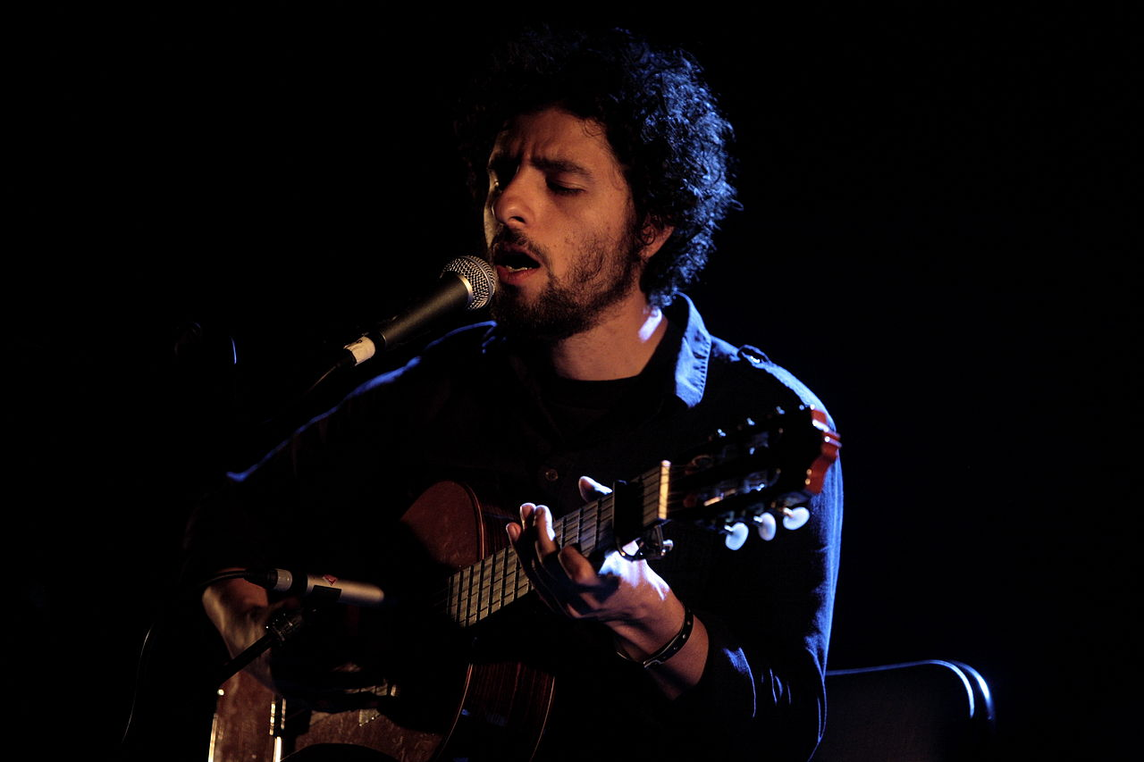 A Playlist For Fans of Jose Gonzalez